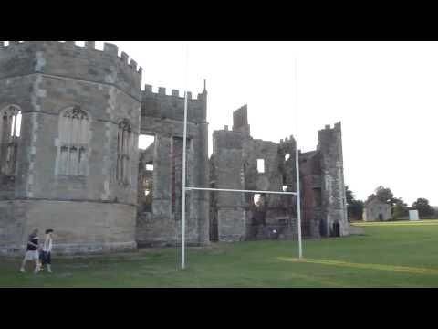 Cowdray Castle Kastalann I Midhurst Ferdalag Youtube West Sussex Tudor House World