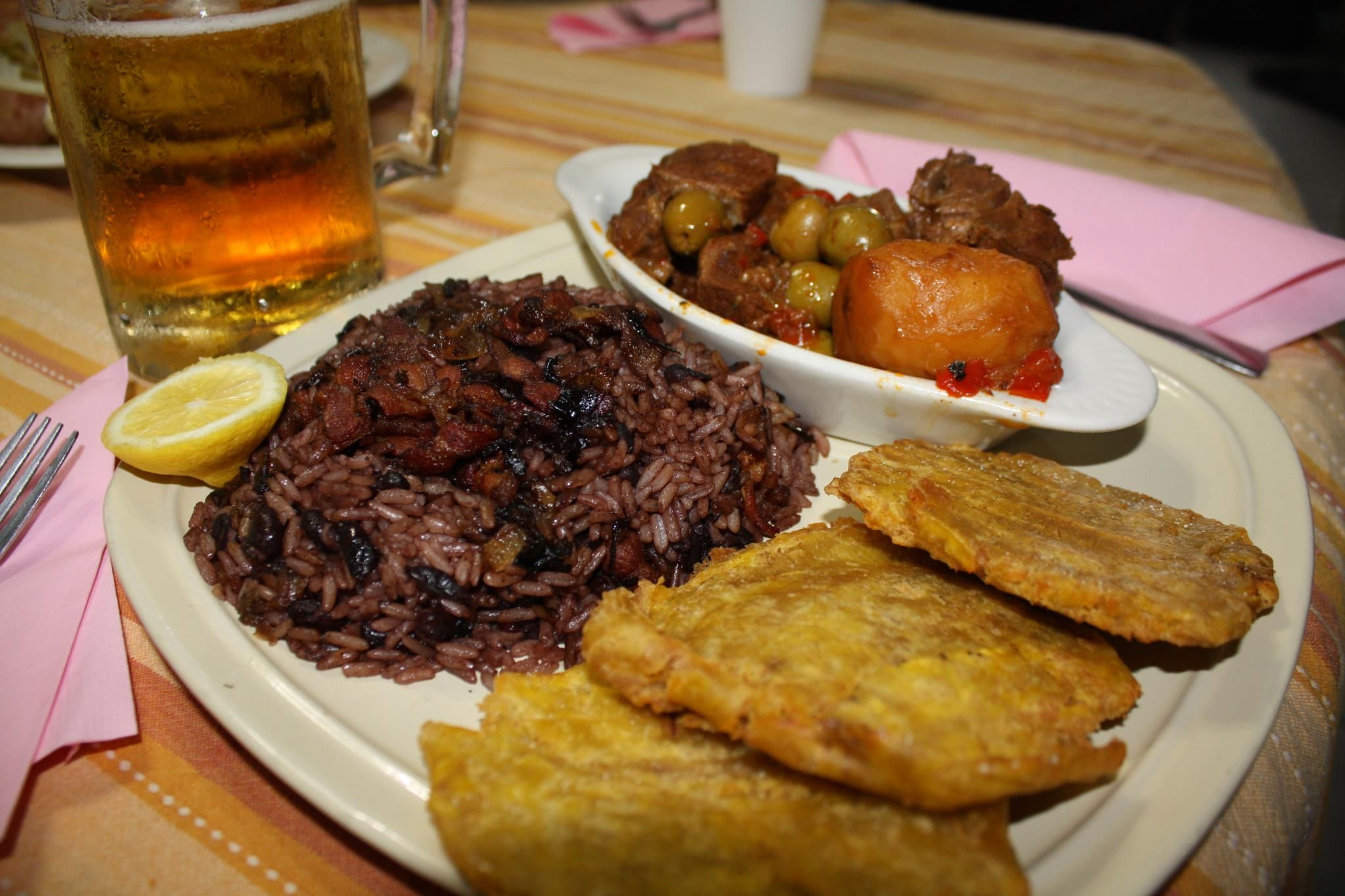 Cuban traditional food la cocina cubana cuban sazon for Authentic cuban cuisine