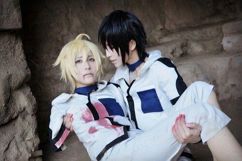 Mika & Yuu Hyakuya