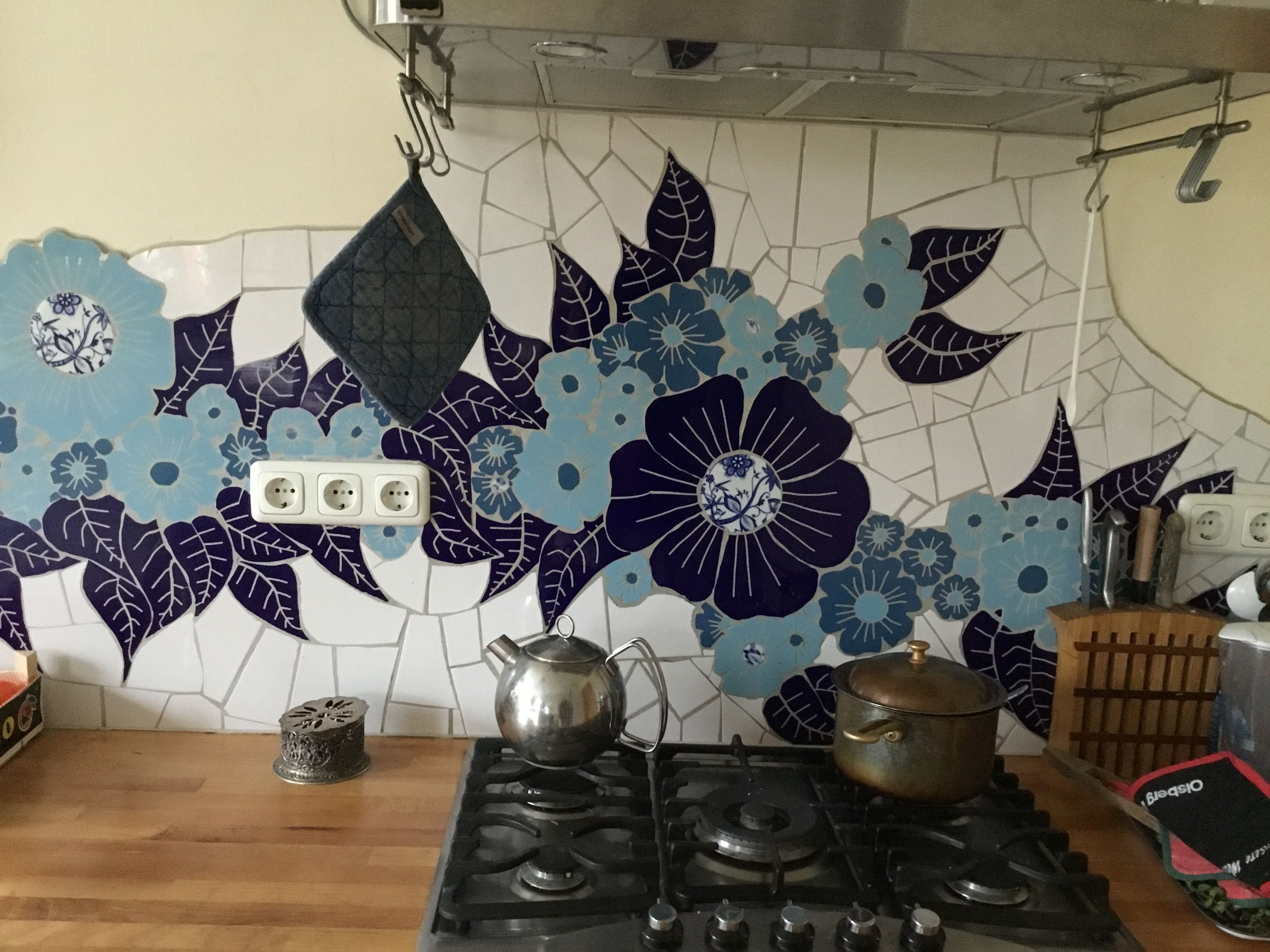 Meine Küche. Mosail aus Fliesen und Porzellanresten | Mosaik | Pinterest
