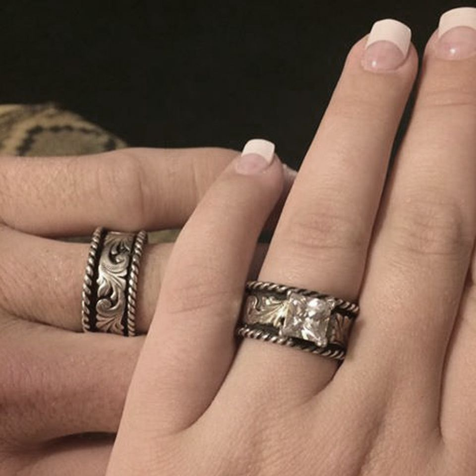 Except In White Gold And Yellow Gold With Our Names On It Kinda Like My Mommas Ring Love It Western Wedding Rings Jewelry Engagement Rings