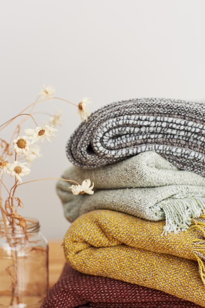 Ropa de hogar y moda en lana cashmere lino y tejidos naturales