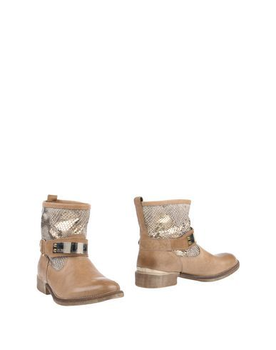 GUESS Women's Ankle boots Khaki 11 US