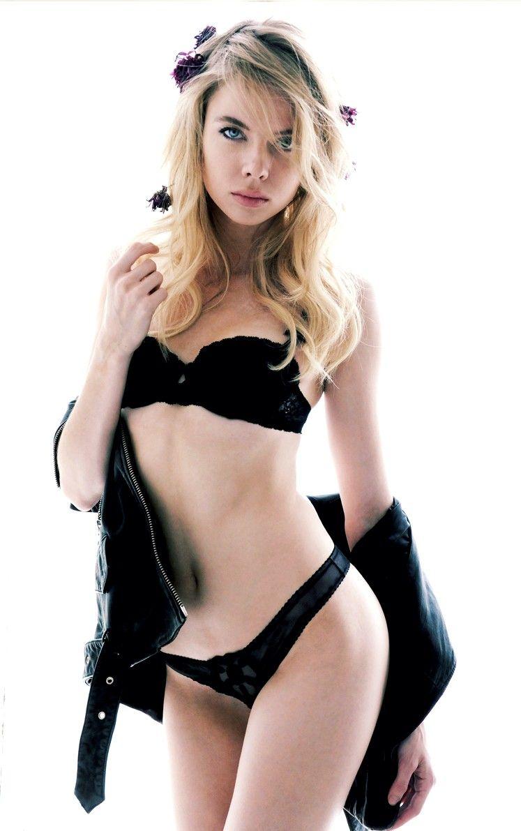 Hot Louisa Warwick naked (44 photo), Ass, Is a cute, Boobs, underwear 2020