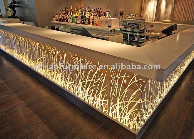 Comptoir de bar design éclairé en Corian | Corian | Pinterest ...