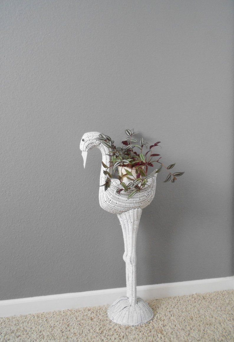Vintage Large Whimsical White Wicker Bird Planter Basket Plant Stand Baby Decor Flamingo White Wicker Wicker Small Flower Pots