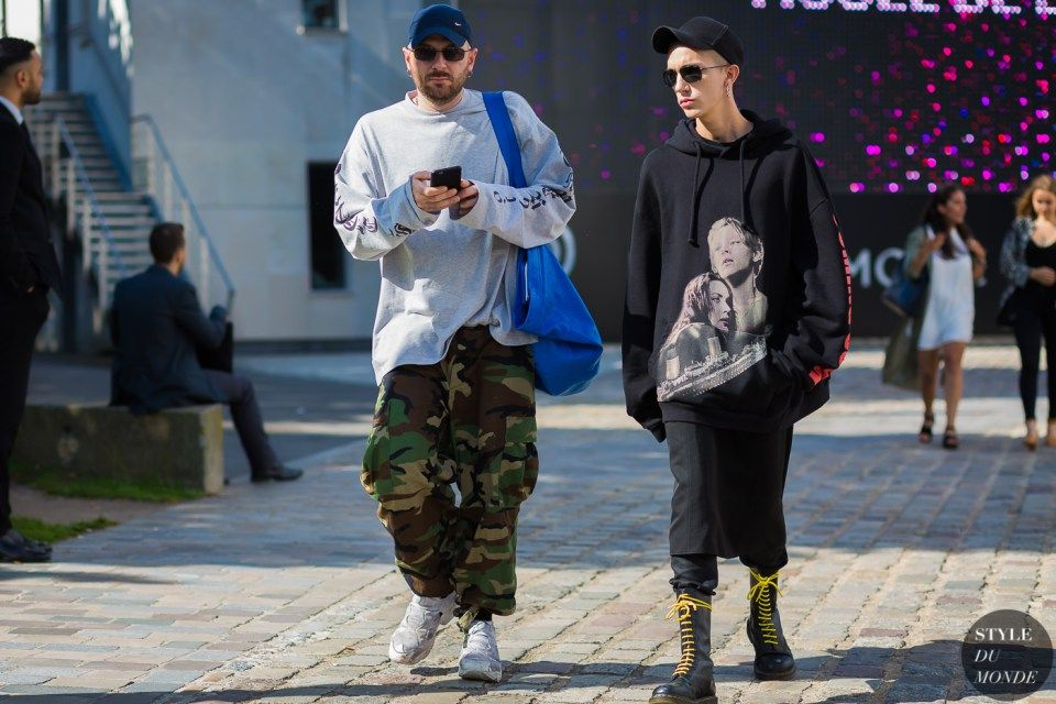 Demna Gvasalia and Loik Gomez   Mens street style, Street fashion photos, Street fashion photography