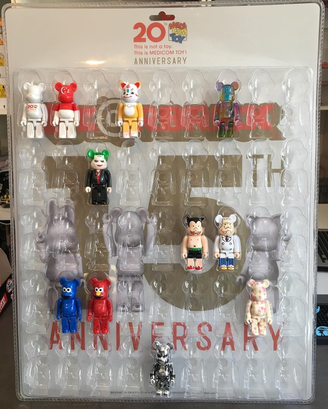 Bearbrick 100/% Plastic Cases Boxes clamshells storage display blister NEW! 20