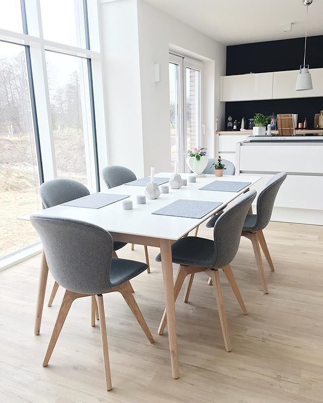 Vickyhellmann Has Captured The Essence Of Scandinavian Style By Pairing The White And Oak M Dining Table In Kitchen Scandinavian Dining Table Grey Dining Room