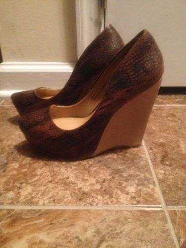 Shoedazzle Monique - Brown Snakeskin Hidden Platform Wedges Size 6.5