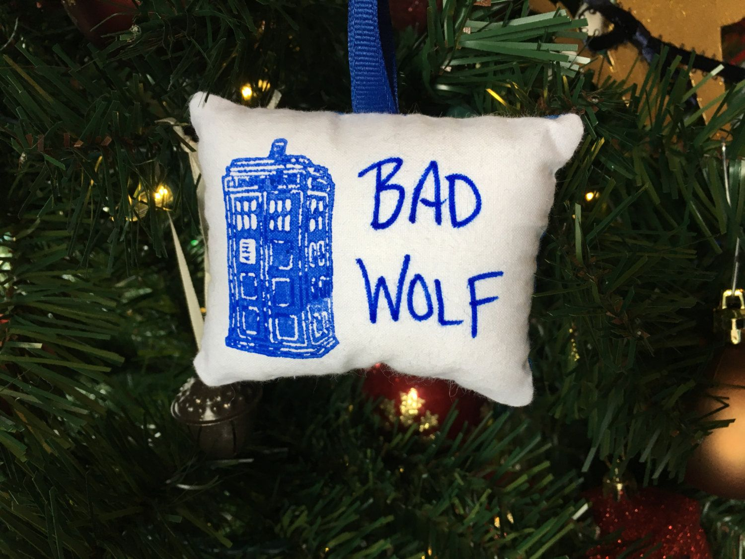Rose christmas ornament - T A R D I S Dr Who Bad Wolf Christmas Ornament Whovian Doctor Tardis Police Box Time Lord Rose Tyler