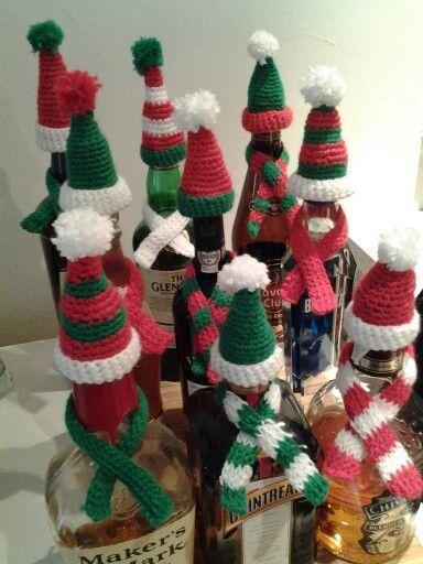 Crochet - bottle christmas hats and scarves | Christmas | Pinterest ...
