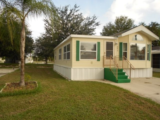 Model mobile homes for sale