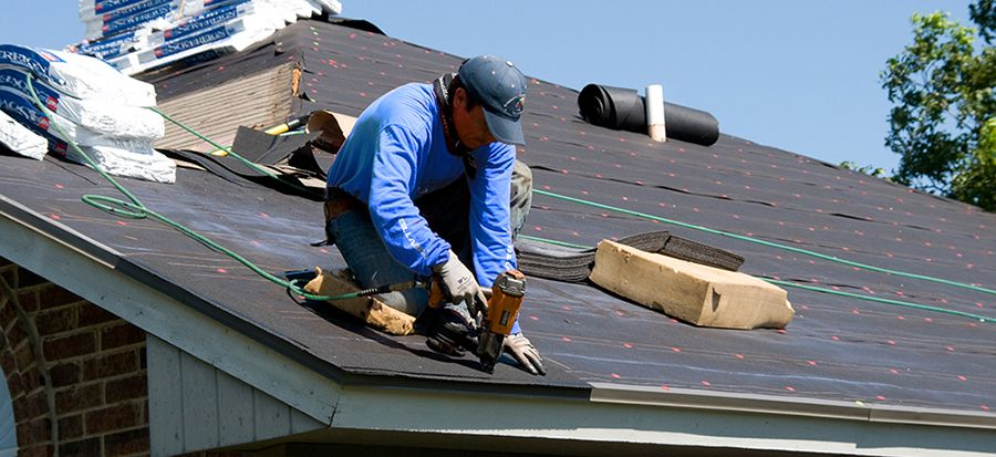 Gryphon Roofing Offers Complete Residential Roofing Services In Phoenix Glendale Scottsdale Gilbert A Emergency Roof Repair Roof Repair Roofing Contractors