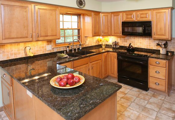 Kitchens With Maple Cabinets Granite | kitchen remodel ... on Light Maple Cabinets With Black Countertops  id=96779