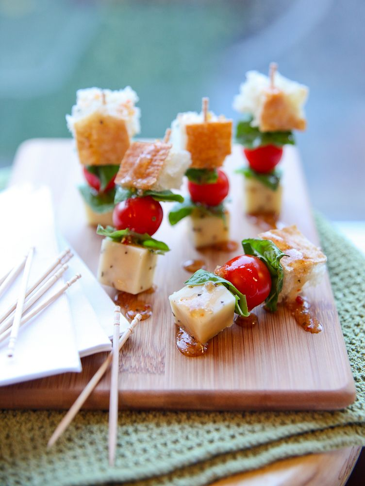 Panzanella salad skewers looking to start your for Great party appetizer recipes