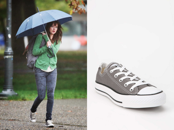 0478df944 Anastasia Steele (Dakota Johnson) wears Converse Chuck Taylor All Star Low- Top Women's Sneaker in the color Grey in Fifty Shades of Grey.