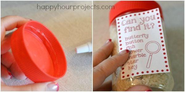 DIY Jar Busy - Procurar e Encontrar Atividade para crianças a partir de artigos reciclados para uso doméstico - Projetos Happy Hour
