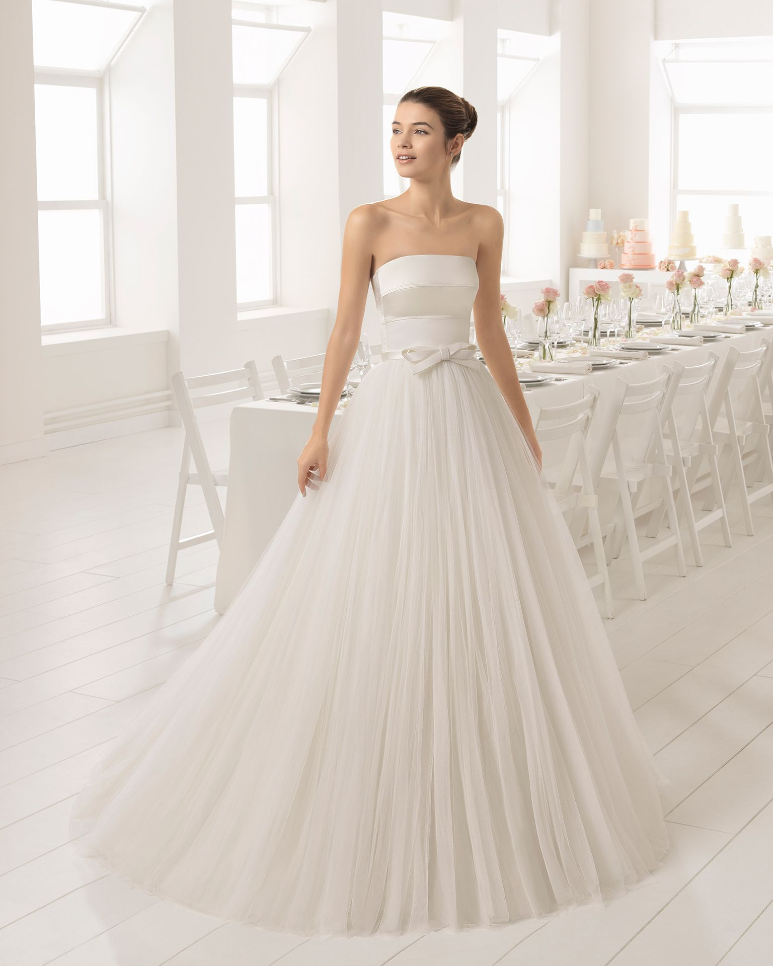 A Line Tulle And Duchess Satin Strapless Wedding Dress With Bow At Waist.  2018