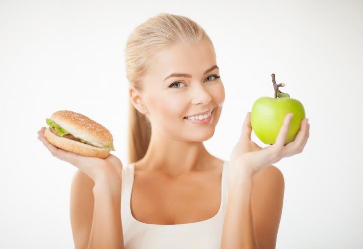 Mit einem ballaststoffreichen Speiseplan sinkt der Körperfettanteil wie von selbst.