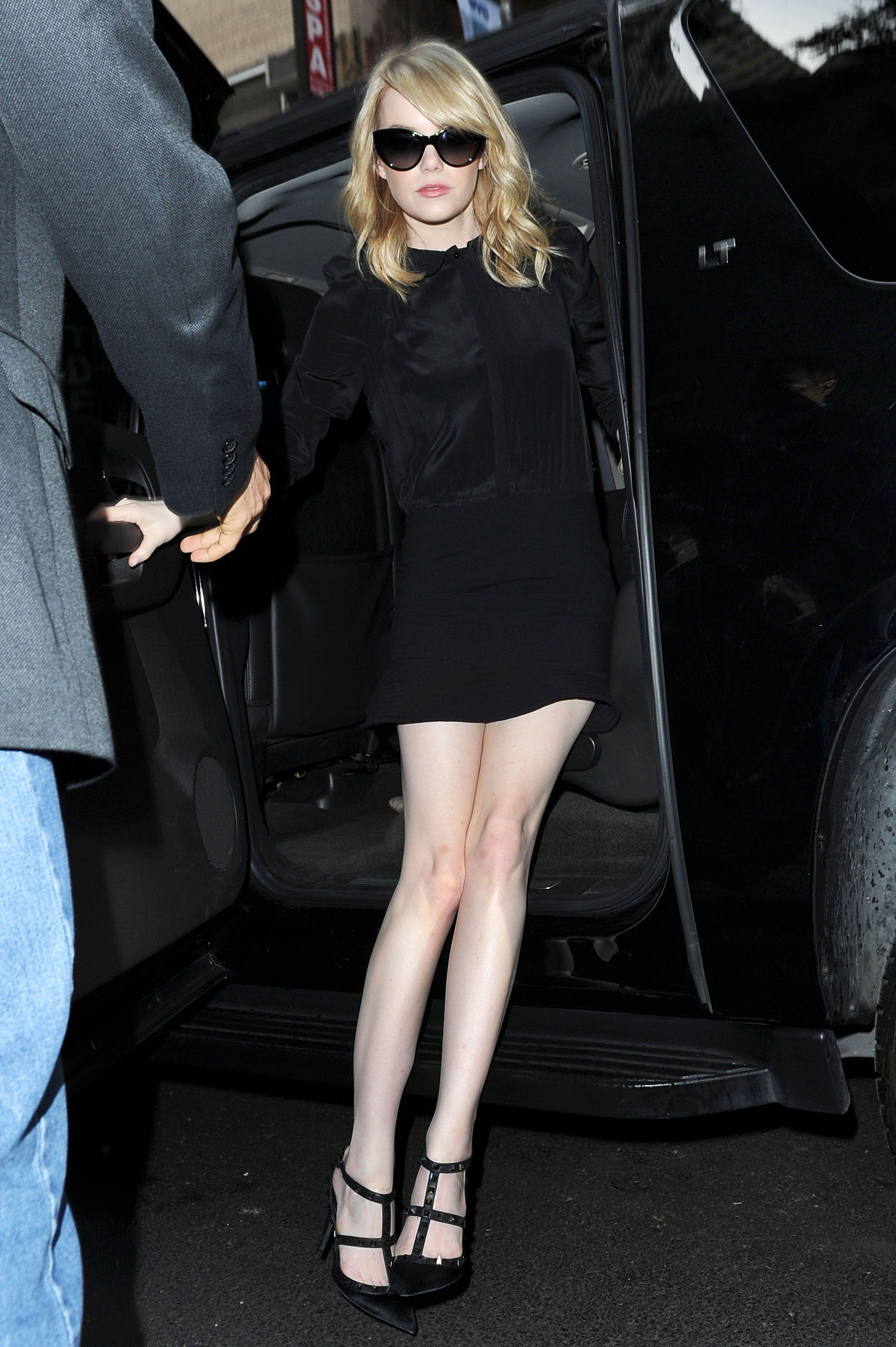 damn her flawless legs