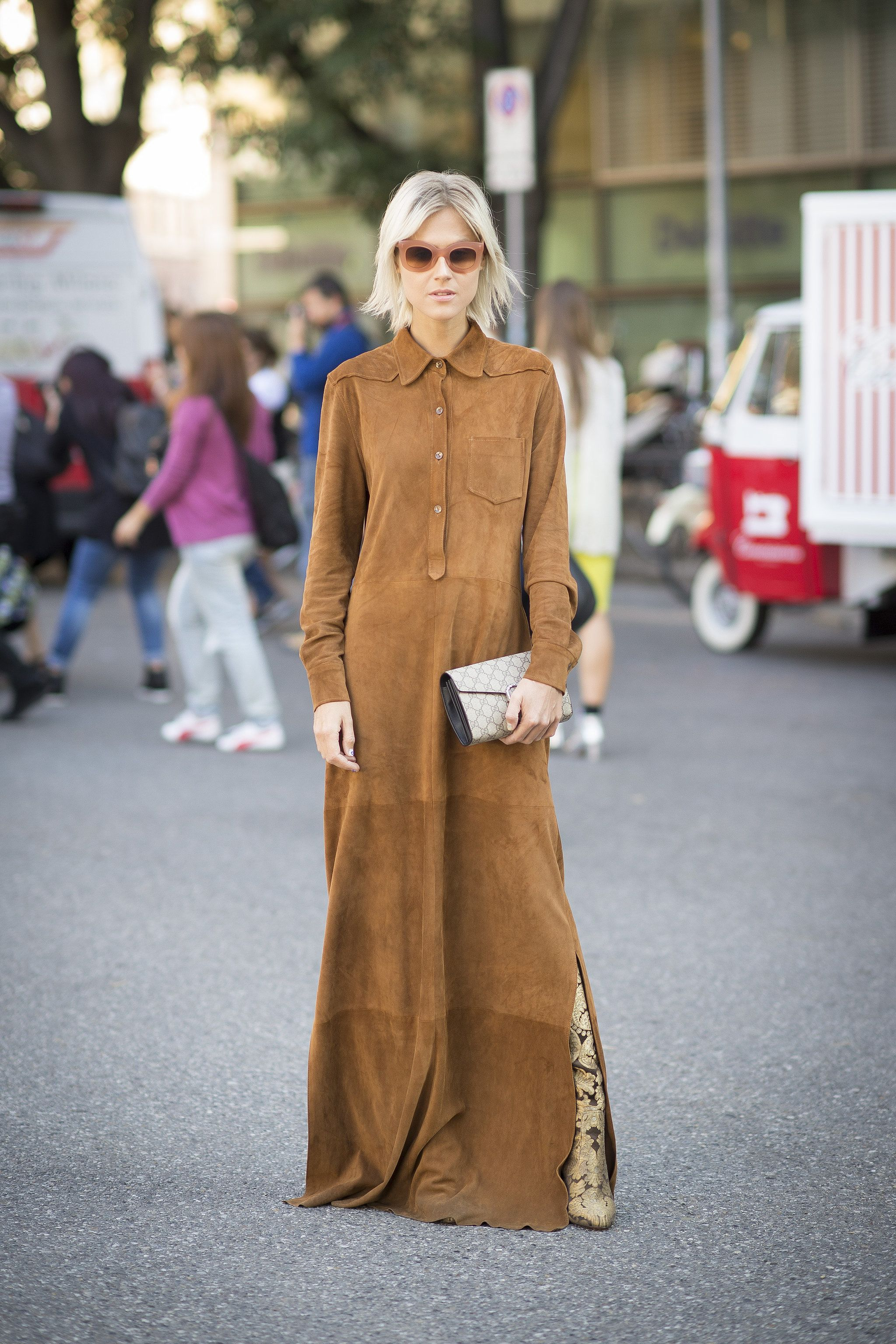 Lange Avondjurken Street Style Bei Der Fashion Week In Mailand Fashion