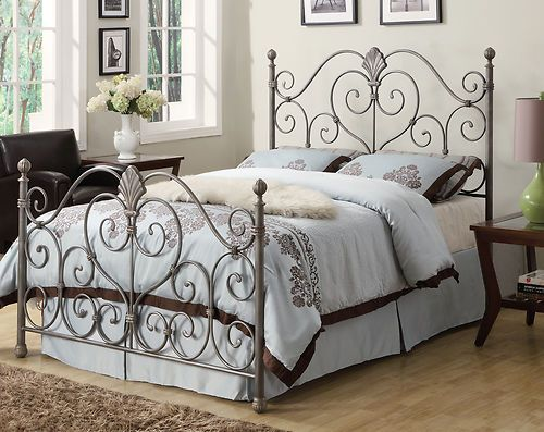 Best Coaster 300259Q Traditional Queen Bed Silver New 269 00 400 x 300