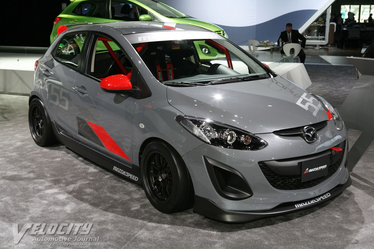 Kekurangan Mazda 2 2010 Review
