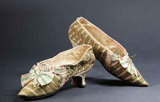 e8240d1aa4654 Marie-Antoinette's Shoes | Holy Shoes! | Marie antoinette, Shoes ...