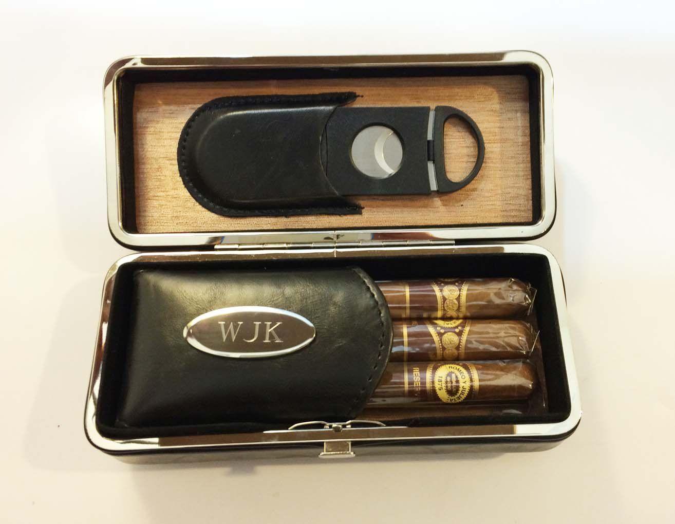 Amazon One Personalized Engraved Folding Cigar Case
