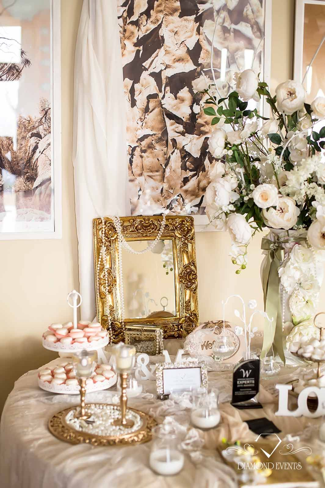 Unique Wedding Guest Book Ideas for All Couple by Diamond