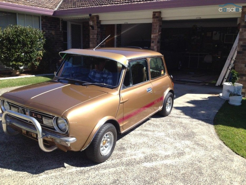 1978 mini 998 LS nugget gold. VG condition, aftermarket
