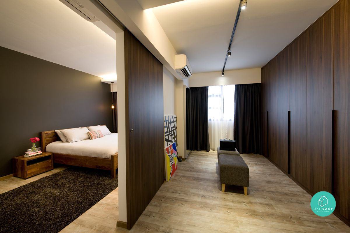 How To Fit A Walk In Wardrobe In Your Tiny Hdb Master Bedroom Walk In Wardrobe Small Master Bedroom