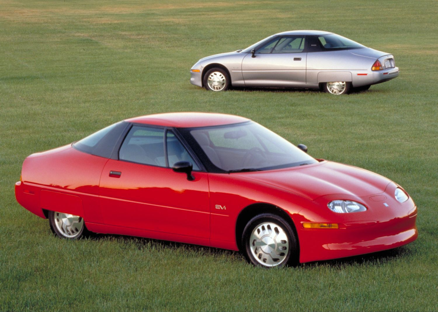 Chevrolet EV1 first electric car from GM 1996 Coche