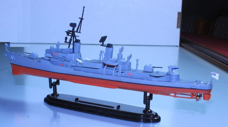 Hmas Brisbane  Ii  D 41 Scale Models