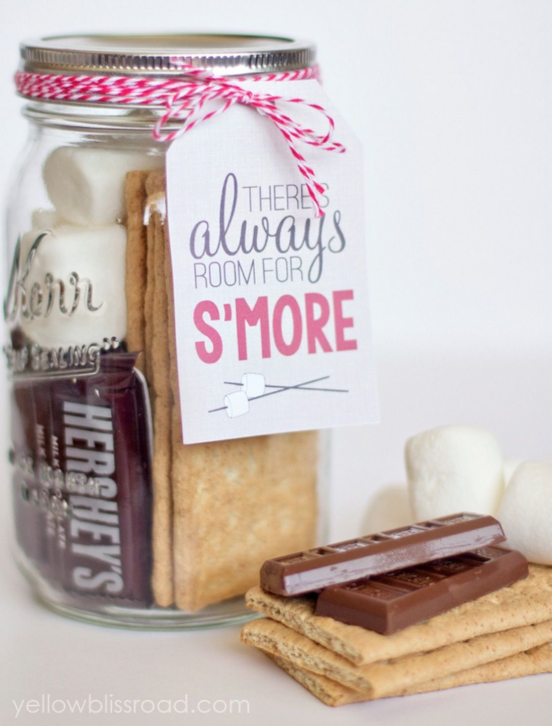 Send home guests with a s\'mores kit. | Gifts | Pinterest | Wild west ...