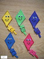 Felt Board -5 Kites / 5 Umbrellas - Spring/Rain/Weather