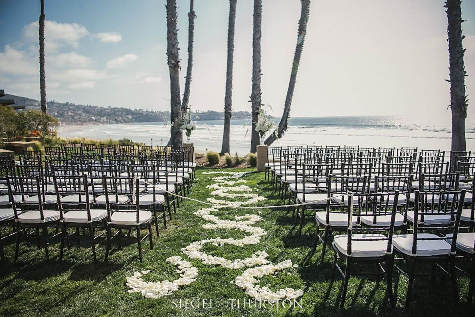 Scripps Seaside Forum Is A Great Place For Beach Wedding In La Jolla It Has Outdoor Ceremony Site Overlooking The Ocean