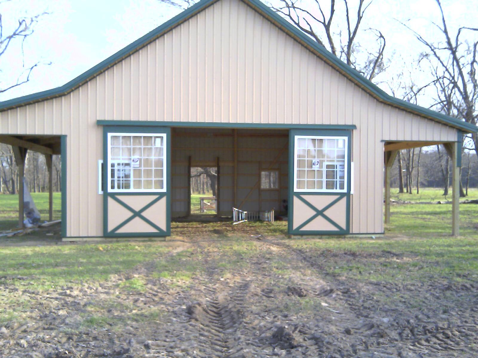 Alpaca shed pole barn small animal barn loudon for Small metal barns