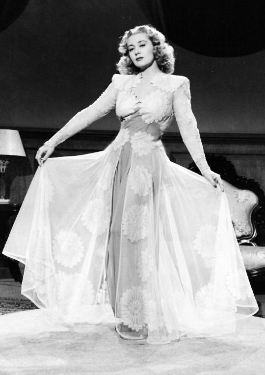 Joan Blondell, 1941