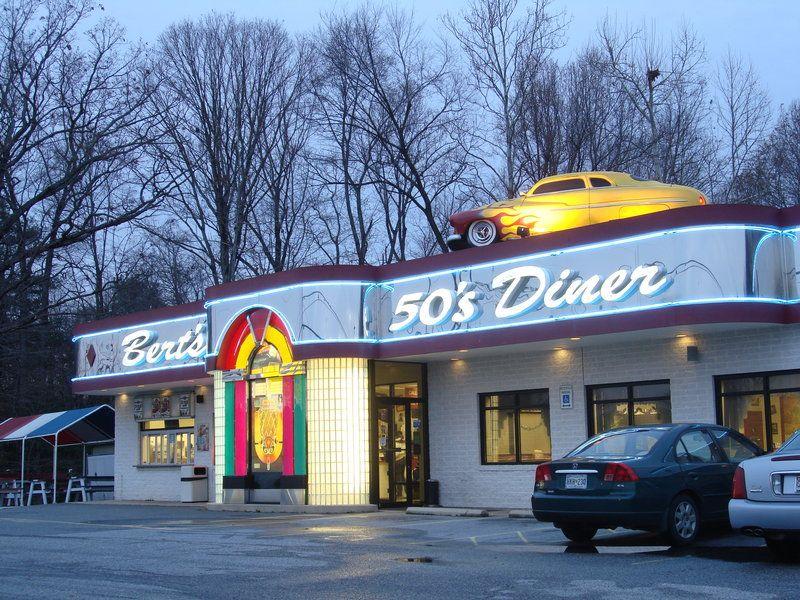 Bert S 50 S Diner By Swolfy 50s Diner Diner Diner Restaurant