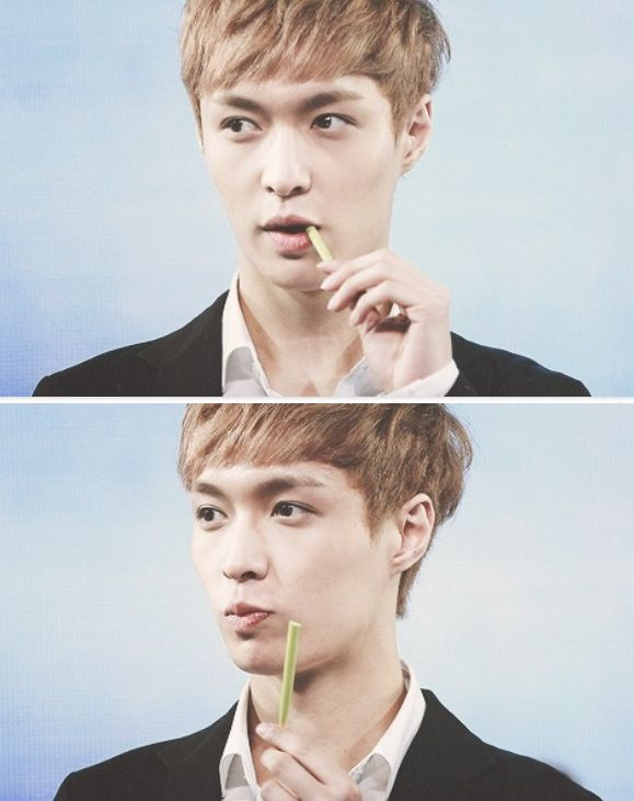 Lay and his peppero stick