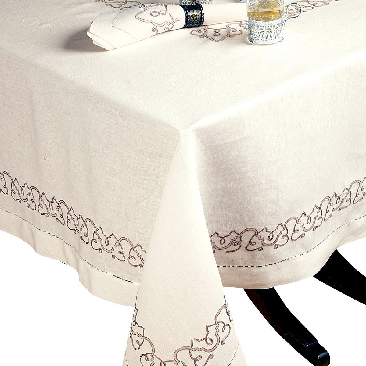 Tuscany Fine Table Linens Schweitzer Linen Table Linens