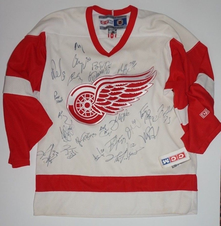 Detroit Redwings Team 22 Signatures Autographed NHL Jersey Sz M Early 2000s  (eBay Link) da191c1b4
