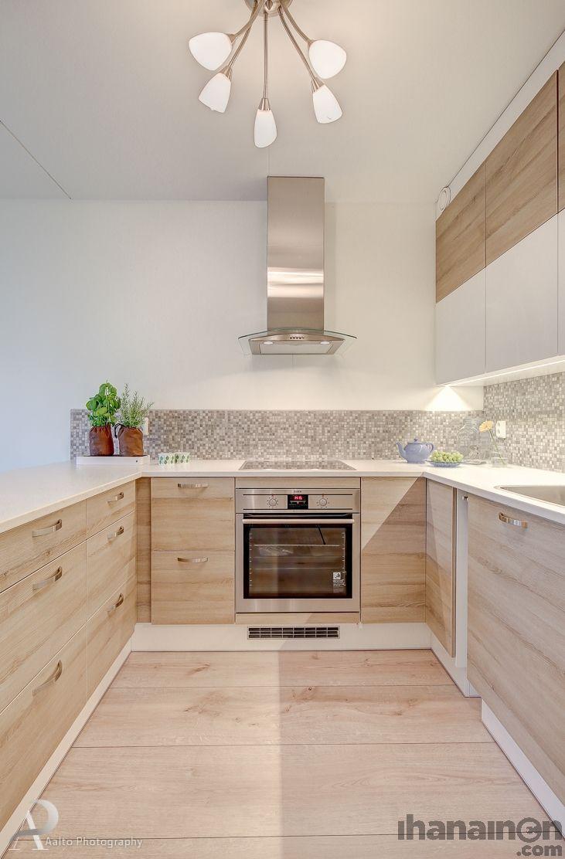 Ihanainen.com sisustussuunnittelu. Lemmikki-kodin keittiö. #sisustus #sisustussuunnittelu #tampere #keittiö #kitchen #funktionaalinen