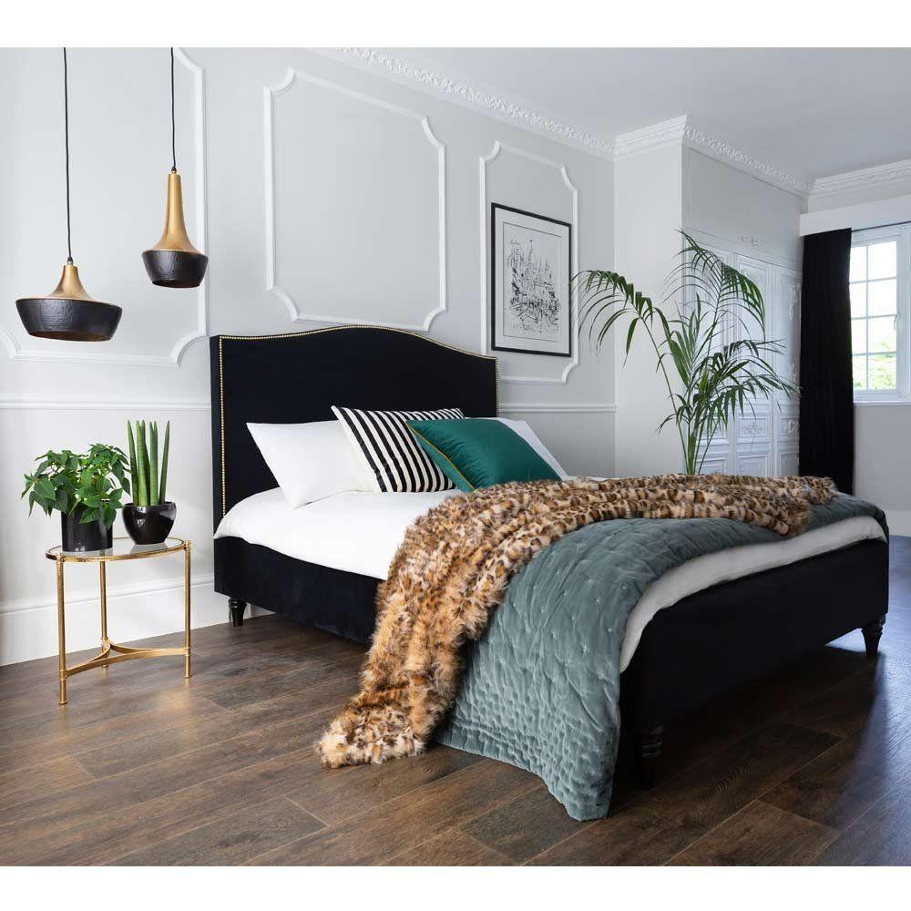 Best Plushious Velvet Teal Bedspread In 2020 Black Velvet Bed 400 x 300