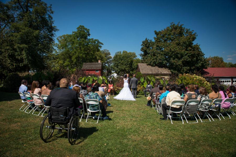 Outdoor Maryland wedding ceremony | Kim & Brandon's Offbeat, DIY Maryland Wedding at Woodlawn Manor | Images: Voula Trip Photography