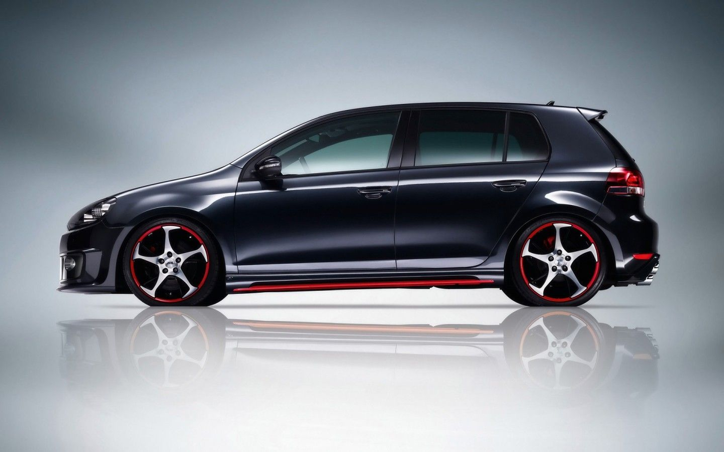 German Tuning Company ABT Sportsline Has Released The Last Edition Version Of Volkswagen Golf VI GTI At 2012 Essen Motor Show