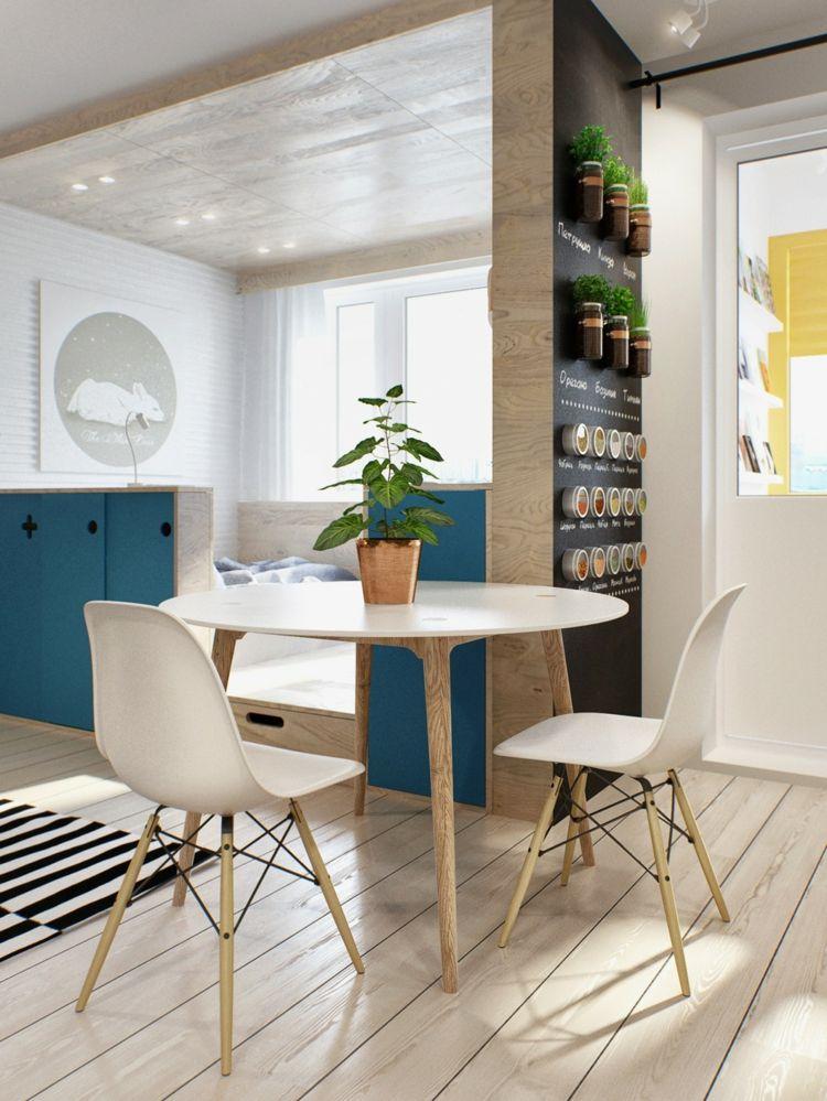 Einrichten 1 Zimmer Wohnung Esszimmer Parkett Hell Teppich Streifen Schwarz  Weiss