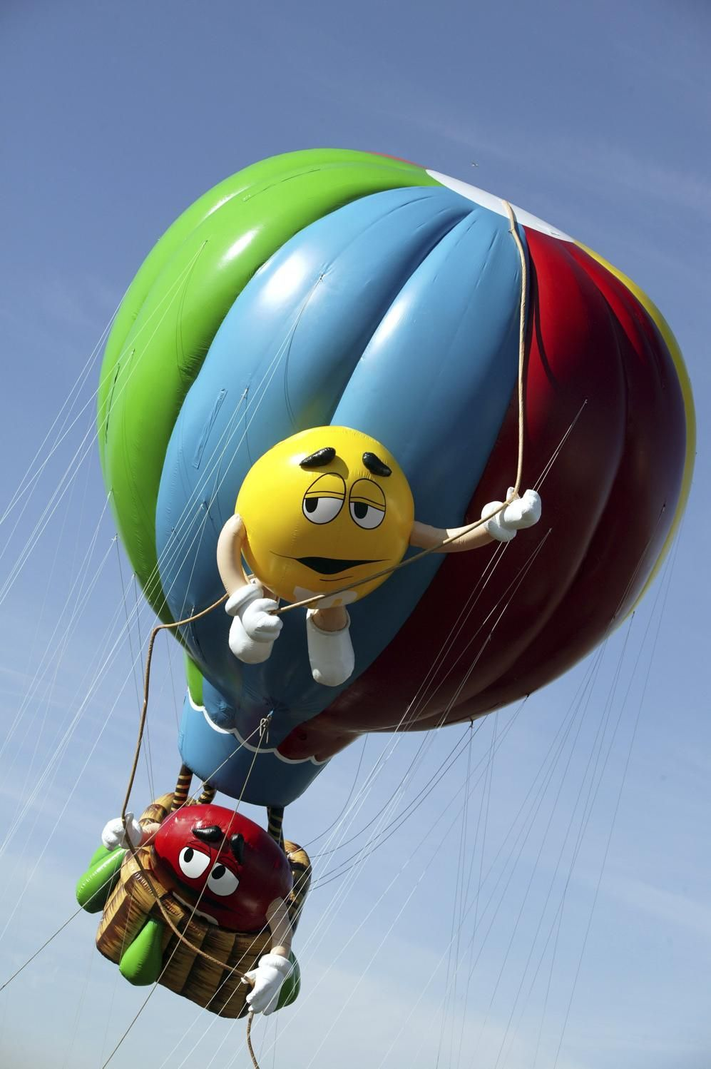 27 Memorable Macy S Thanksgiving Day Parade Balloons Thanksgiving Day Parade Macy S Thanksgiving Day Parade Macys Thanksgiving Parade
